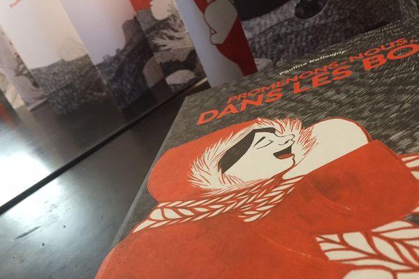 """Les planches originales de l'album """"Promenons-nous dans les Bois"""" de Pauline Kalioujny sont exposées à la 4e Biennale des Illustrateurs à Moulins"""