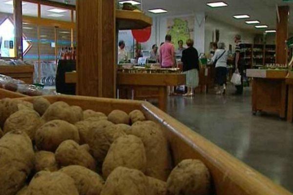 Vente directe des produits du Cher au Pré des fermes de Fussy