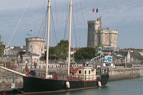 Ze Boat amarré à La Rochelle