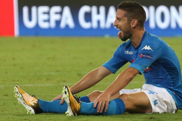 L'attaquant de Naples Dries Mertens ne jouera peut-être pas ce mardi contre les Aiglons