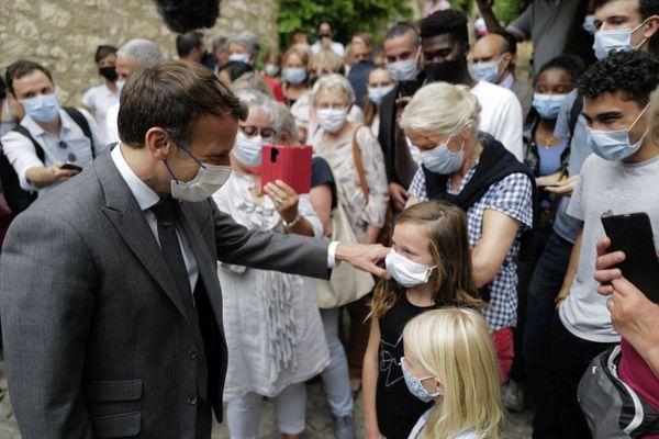 Saint-Cirq-Lapopie (Lot) - Emmanuel Macron en visite - 2 juin 2021.