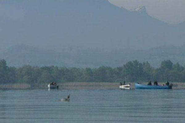 La pêche au brochet a officiellement commencé ce week-end sur le Lac du Bourget.