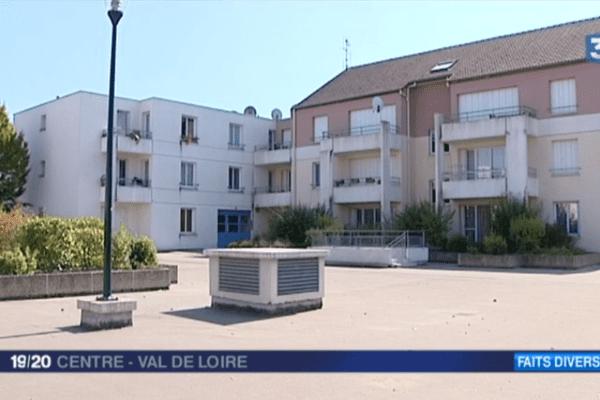 Les quatre personnes (dont deux frères) arrêtés en rapport avec l'affaire des bonbonnes de gaz habitent dans le quartier de Chateau Blanc à Chalette-sur-Loing (Loiret)