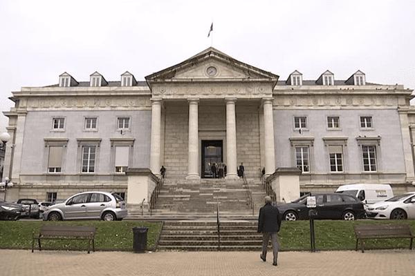 La cour d'appel de Pau a accepté de remettre une Luzienne à la justice espagnole