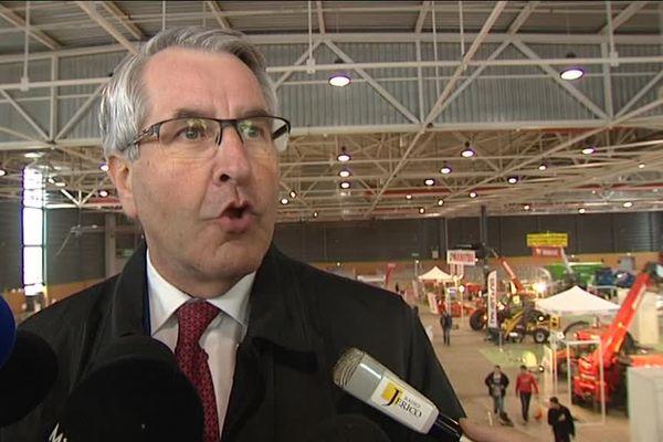 Philippe Richert président du Grand Est au salon Agrimax à Metz