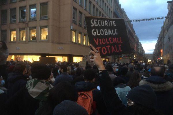 Les manifestants se sont donnés rendez-vous square C. De Gaulle à Toulouse