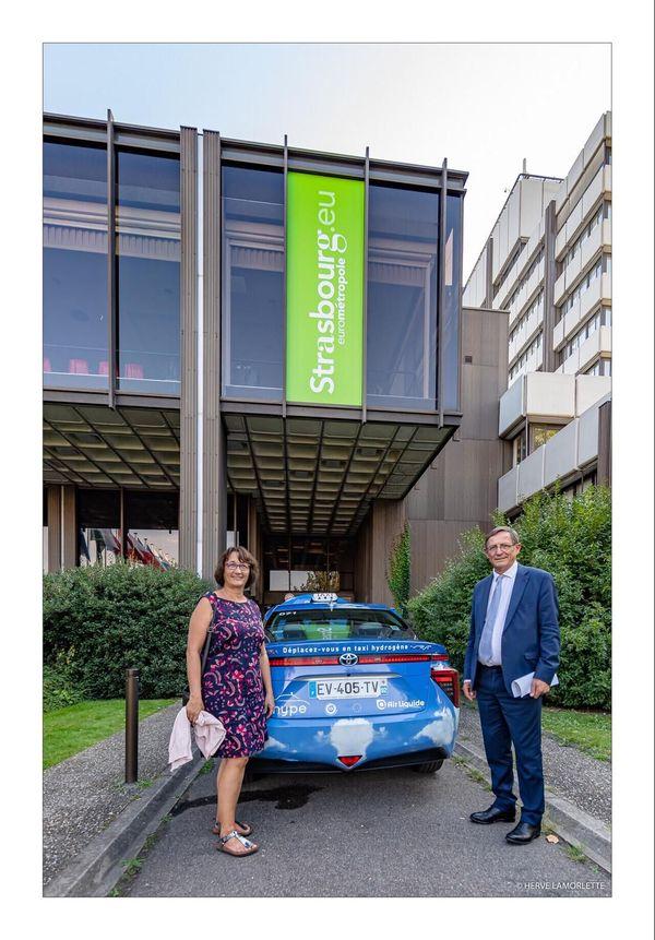 """Robert Herrmann, président de l'Eurométropole (ici avec Françoise Bey) a participé à la table ronde """"Comment l'hydrogène va décarboner la mobilité à Strasbourg"""""""