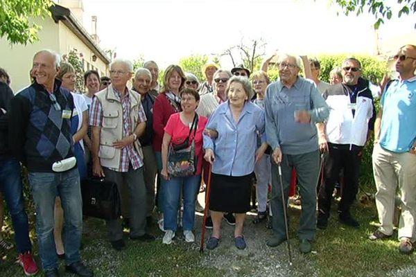 Les habitants de la Cité des Castors de Pessac fêtent les 70 ans du mouvement.