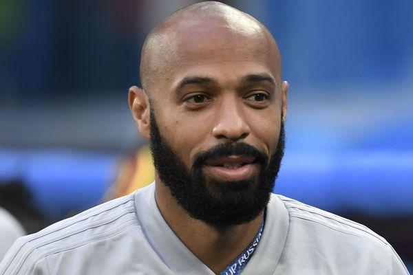 Thierry Henry alors assistant de l'entraîneur de l'équipe belge lors de la rencontre Belgique France en Russie ( 10 juillet 2018 )