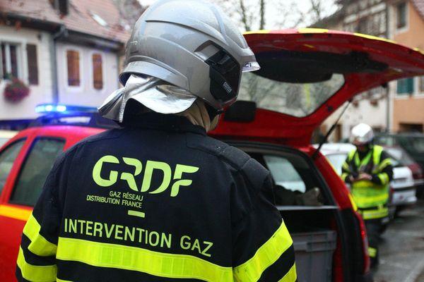 Une vingtaine de pompiers est intervenue à Bischwiller (Bas-Rhin) pour une conduite de gaz arrachée lors de travaux.