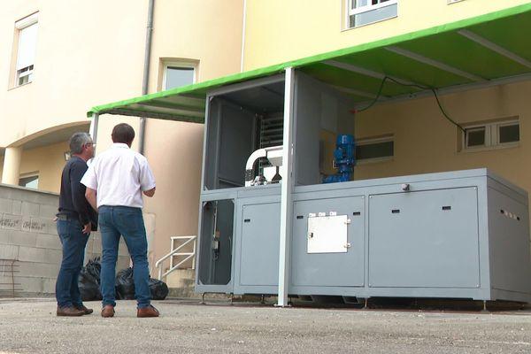 La machine à recycler les couches à l'EPHAD de Jasseron (Ain)