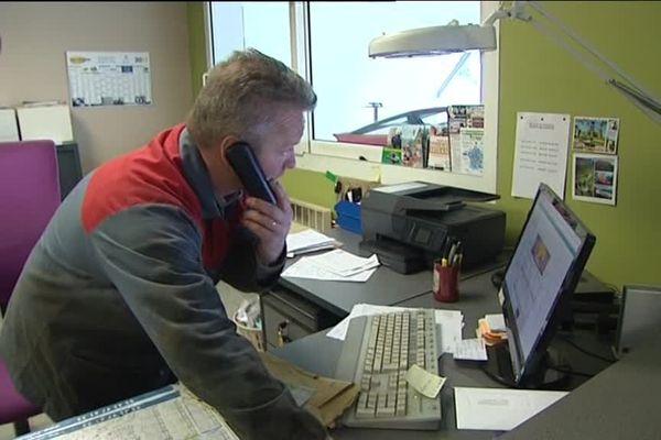 Olivier De Moor, garagiste, est l'un des clients du courtier en téléphonie Netcom s'estimant lésés