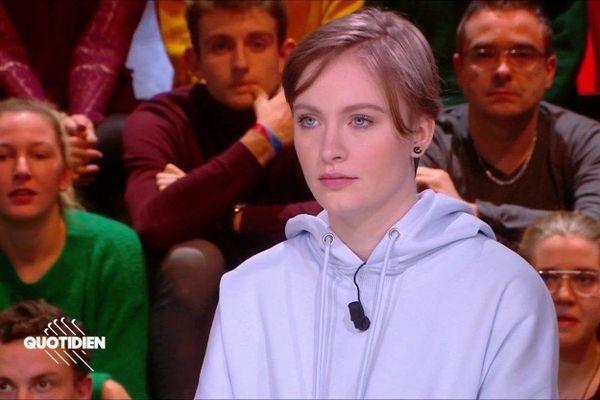 Capture d'écran de l'émission Quotidien où était reçue Mila le 3 février 2020. /