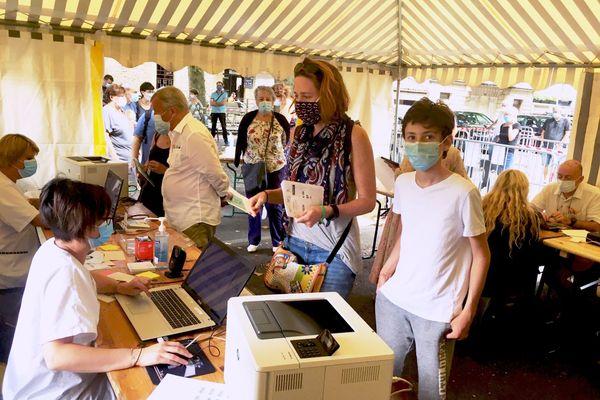 Ces tests gratuits sur les lieux touristiques doivent permettre d'endiguer la progression de l'épidémie