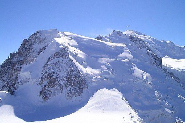 Les risques d'avalanches sont particulièrement forts ce jeudi.