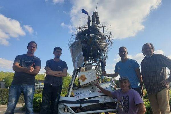 Des sculpteurs de Montauban transforment des déchets collectés en œuvre d'art