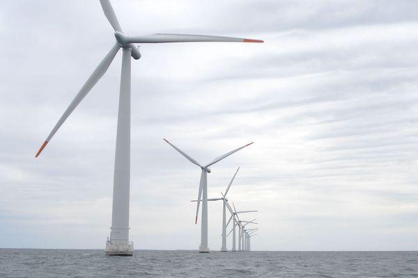 Frédéric Cuvillier, ministre des Transports et ancien maire de Boulogne-sur-Mer, soutient un projet éolien off-shore au large de Berck-sur-Mer