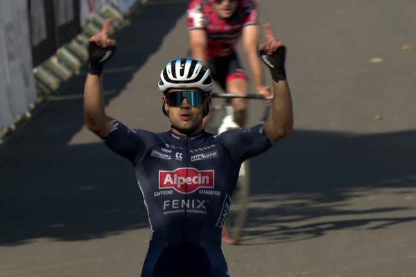 Loris Rouiller (SUI), vainqueur de la course de cyclo-cross UCI au Brumath cross days.