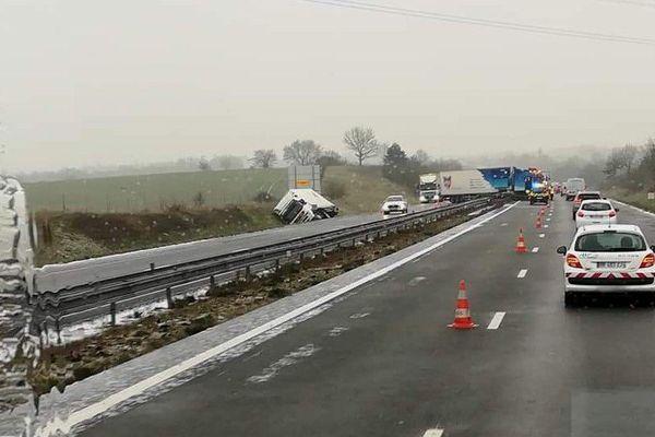 Accident de trois poids lourds le 1er mars 2018 sur l'A11