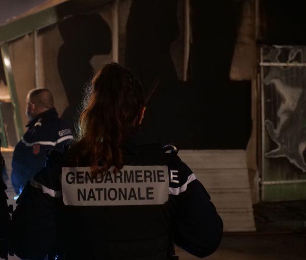 La gendarmerie a ouvert une enquête pour déterminer les causes de l'incendie