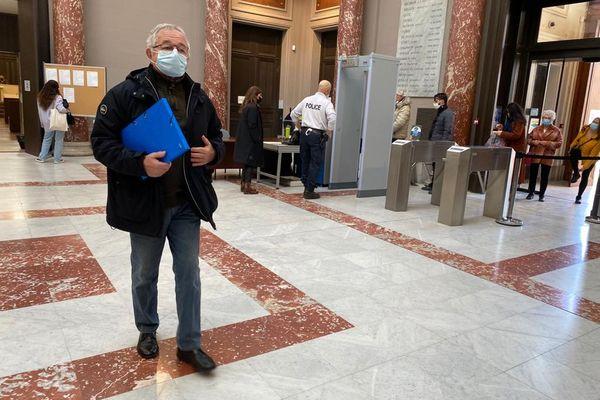 23/03/2021. Raymond Bartolini, 74 ans, ancien responsable technique de la collectivité en charge du dossier de la décharge de la Vautubière implantée à La Fare les Oliviers.