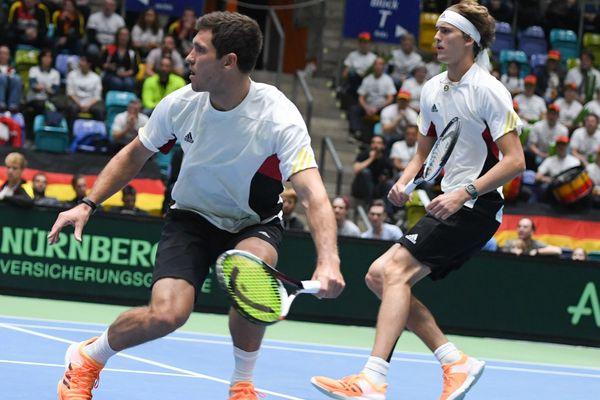 Les frères allemands, Mischa Zverev (à gauche) et Alexander, déjà en double pour la Coupe Davis, ouvrent le bal à Montpellier.