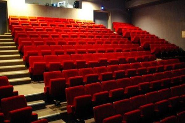 La salle du théâtre de Villeneuve-les-Maguelone