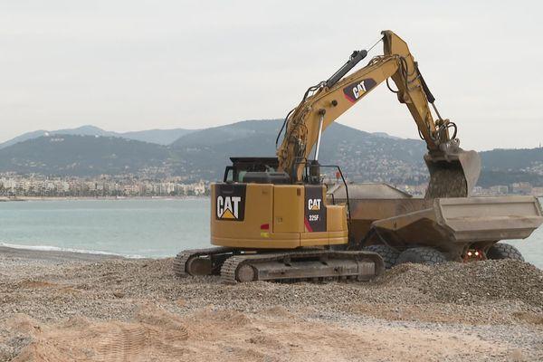 3 000 m3 de nouveaux galets vont être disposés sur 4 kilomètres de plage