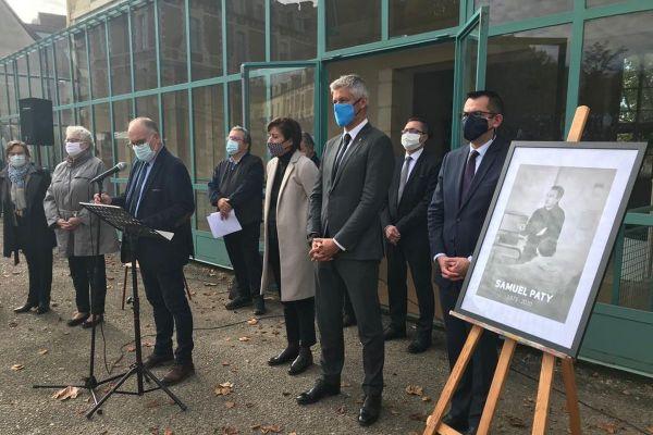 Plusieurs officiels étaient présents lors de l'hommage à Samuel Paty à Moulins ce lundi 2 novembre.
