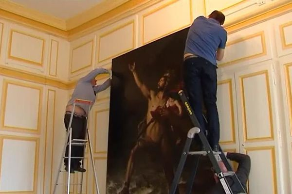 """""""Métabus et Camille"""" de retour au Musée des Beaux Arts de Chartres après un an de restauration."""