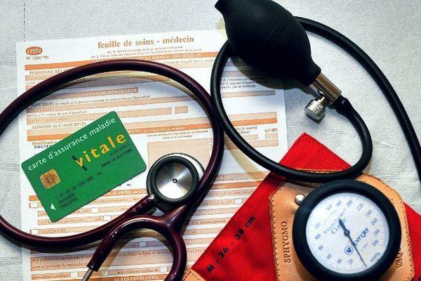 La carte vitale ou la généralisation comme moyen de paiement, la crainte des médecins.