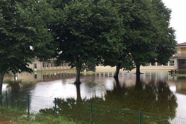 L'école de Villandraut inondée