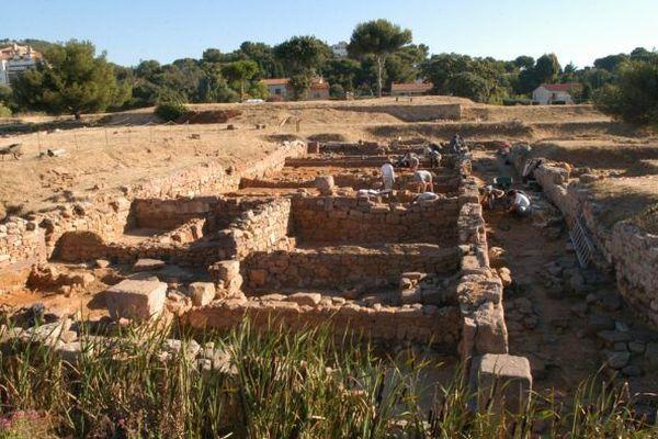 Olbia est l'unique témoin, conservé dans l'intégralité de son plan, d'un réseau de colonies-forteresses grecques, fondées à partir du IVe siècle avant J.-C.