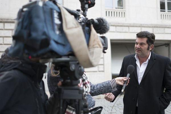 Me Randall Scwherdorffer avocat de Jonathan Daval devant le palais de justice de Besançon