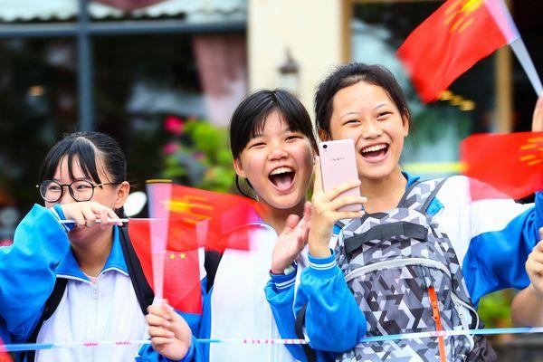Des jeunes supportrices chinoises à l'élection Miss monde 2017.