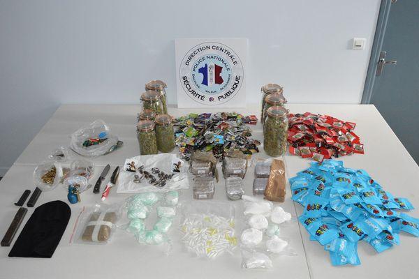 Les policiers ont démantelé un important trafic de drogue à Saint-Nazaire, le 15 mars 2021
