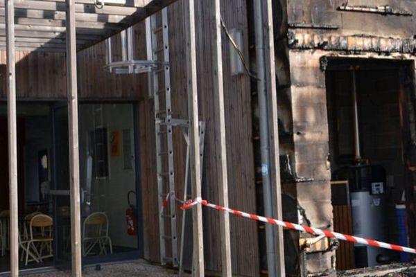 Un incendie s'est déclaré dans la nuit du 6 au 7 juillet à l'école Dolto des Fondettes (Indre-et-Loire)