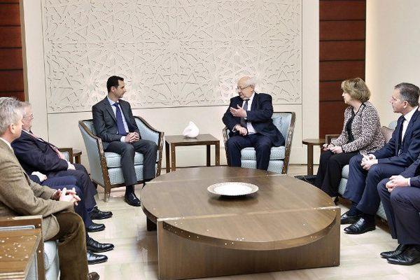 Le 25 février, un groupe de parlementaires dont Jean-Pierre Vial, sénateur UMP de la Savoie (au centre sur la photo), a été reçu par le président syrien Bashar al-Assad