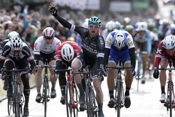 L'arrivée de la troisième étape de Paris-Nice 2017 à Chalon-sur-Saône, le 7 mars 2017.