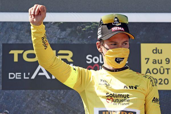 Primoz Roglic, de l'équipe Jumbo-Visma, est le vainqueur de la 32ème édition du Tour de l'Ain, après sa deuxième et dernière victoire d'étape au Grand Colombier, le 9 août.