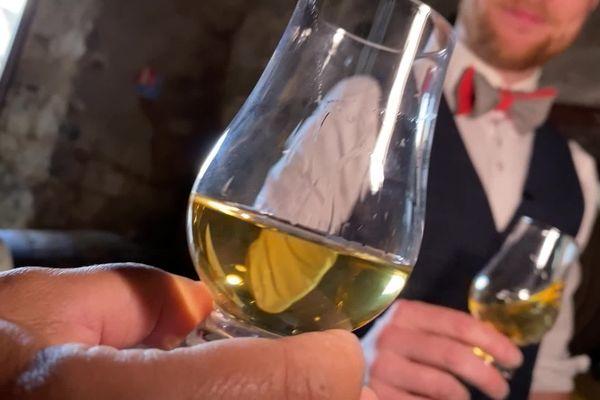 Après un vieillissement de trois ans minimum, le whisky Twelve pourra commencer à être commercialisé.