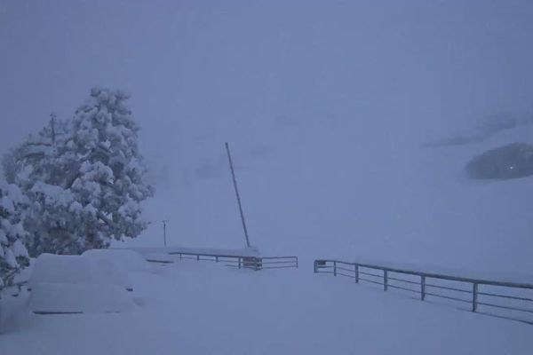 Neige à La Pierre-Saint-Martin ce jeudi matin