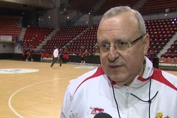 """""""A Orléans, être présent sur les tireurs comme on a su le faire contre l'ASVEL"""". Alain Weisz, entraîneur des Cougars du SLUC Nancy Basket."""