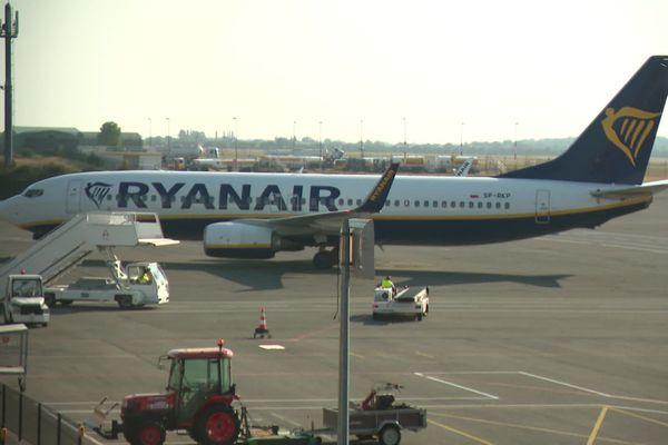 Fin mars 2021, les avions de Ryanair décolleront pour Naples deux fois par semaine depuis l'aéroport de Beauvais Tillé dans l'Oise.