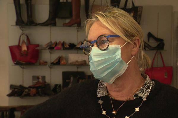 Brigitte Benoist vend des chaussures depuis 41 ans