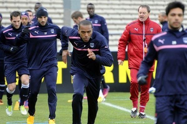 Henri Saivet, Florian Marange, Marc Planus, Nicolas Maurice-Belay, Benoît Tremolinas et le préparateur physique Eric Beduet à l'entraînement le 13 mars.