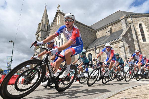 Arnaud Démare remet en jeu son titre de champion de France de cyclisme sur route.