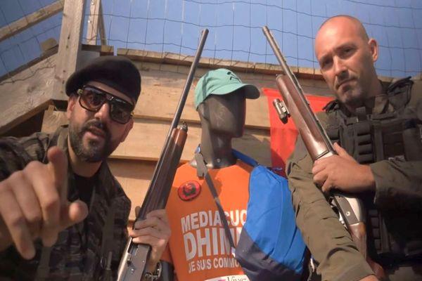Une photo extraite de la vidéo du Toulousain #papacito (à gauche) - juin 2021.