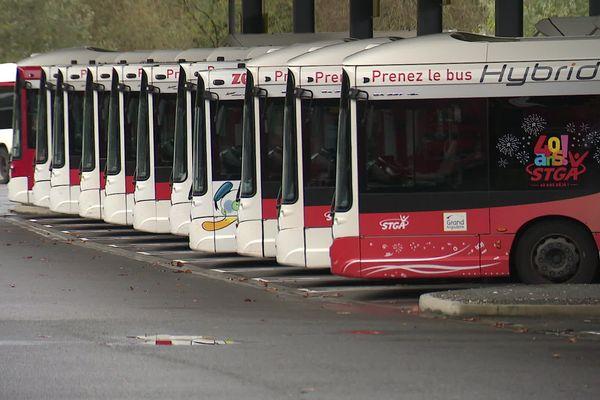 Bus STGA (au dépôt) - Angoulême