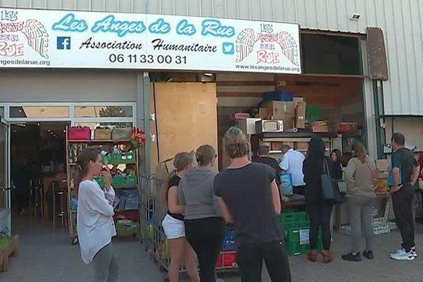 Gigean (Hérault) - l'épicerie solidaire fait le plein de bénéficiaires - octobre 2019.